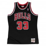Swingman Jersey - Scottie Pippen  33 Black/red (image n°1)