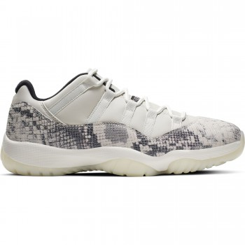 Air Jordan 11 Retro Low Le light bone/university red-sail-black | Air Jordan